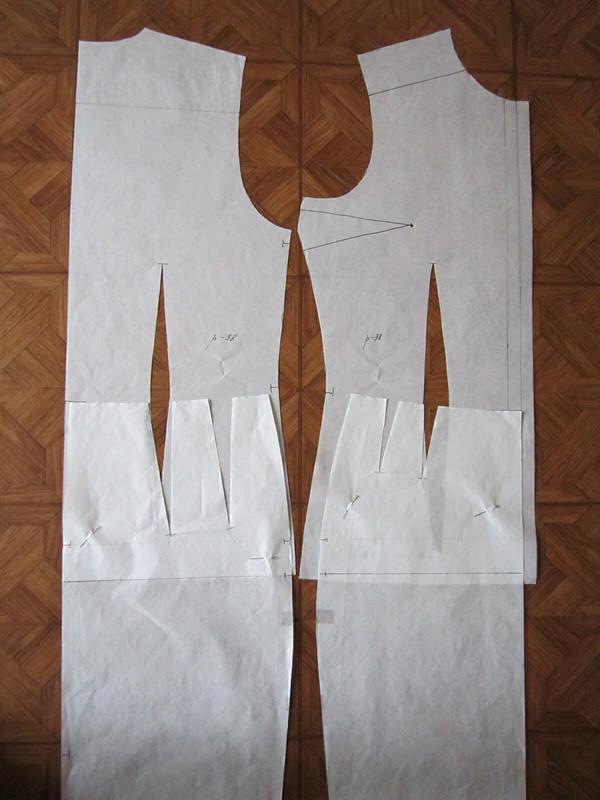Платье сбабочками