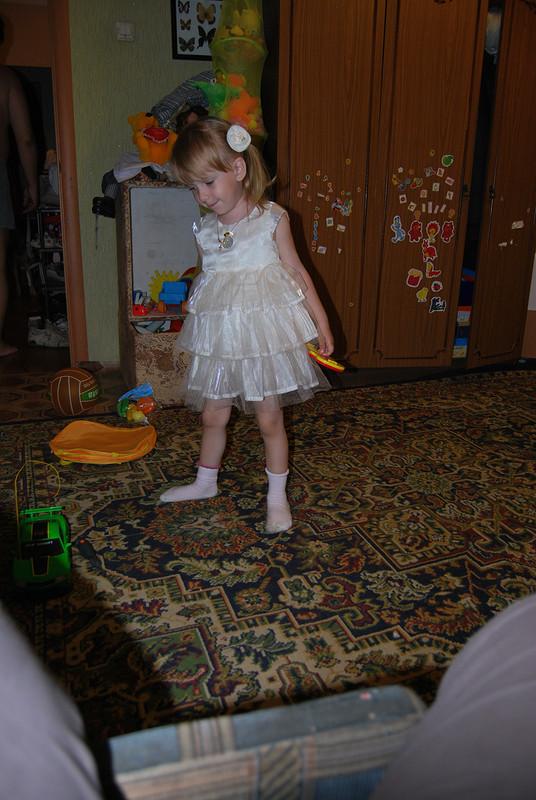 Праздничное платье длядочки