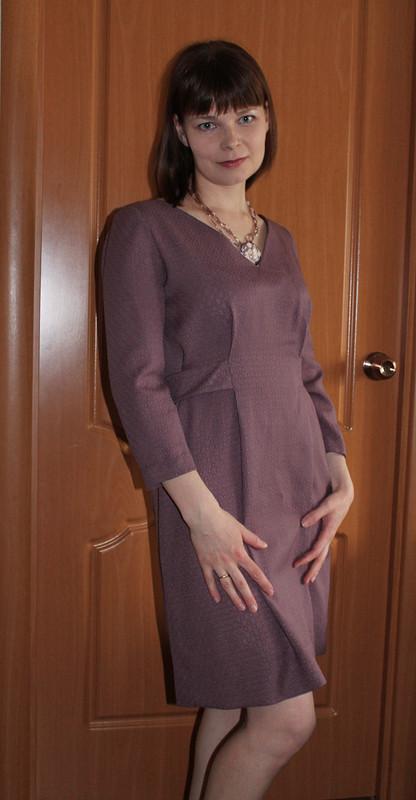 Платье сбисерными пуговицами ручной работы.