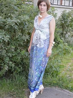Работа с названием Платье с шарами