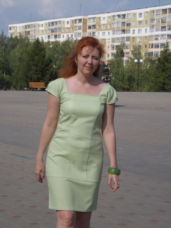 Нежно зеленое