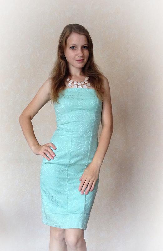 Бирюзовое платье от Ladye