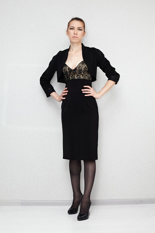 Платье сболеро