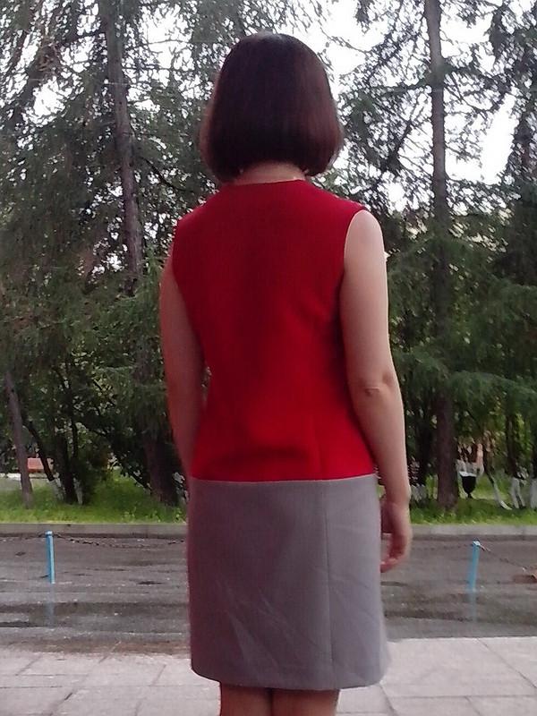 Август. Красное исерое.