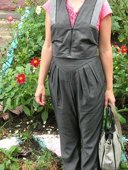 Работа с названием брюки со складками