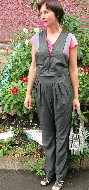 брюки со складками