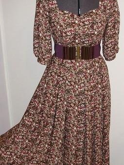 Работа с названием Платье для бархатного сезона