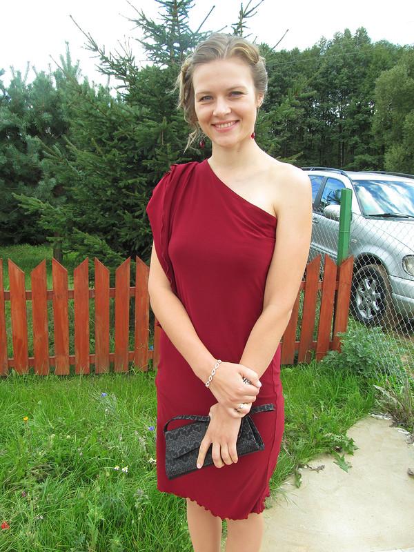 Платье срукавом