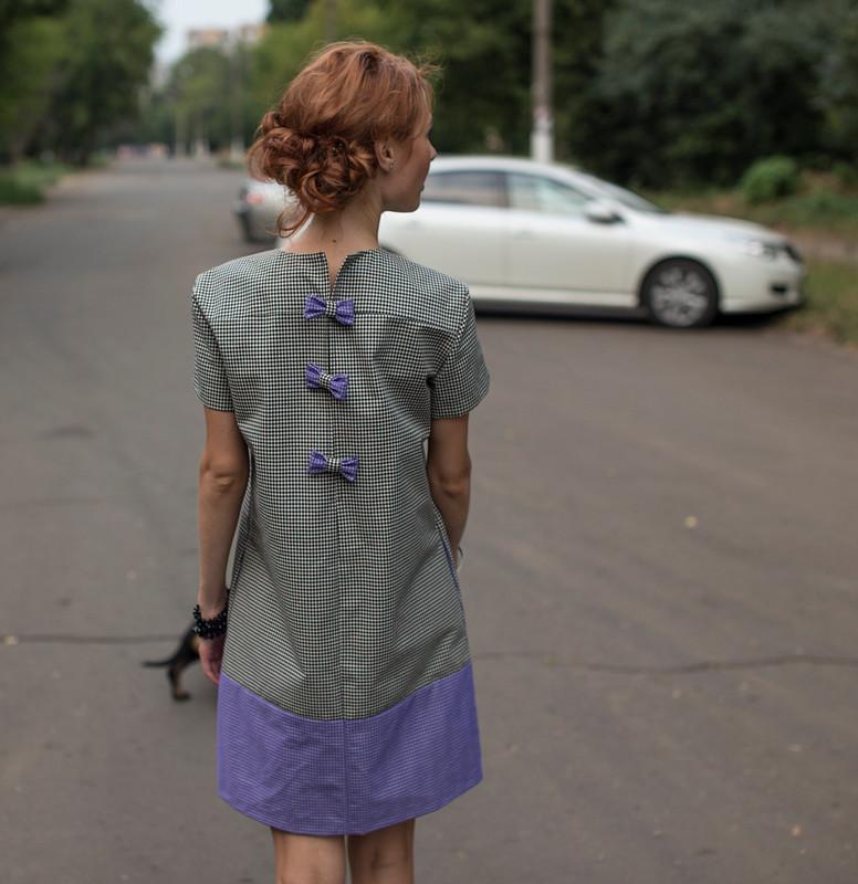 платье сбантиками