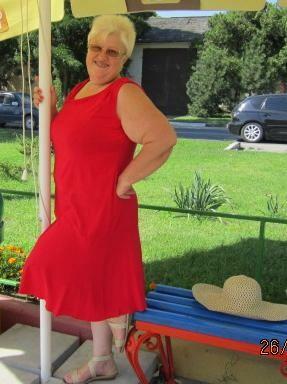 Платье -     полуудавшееся..