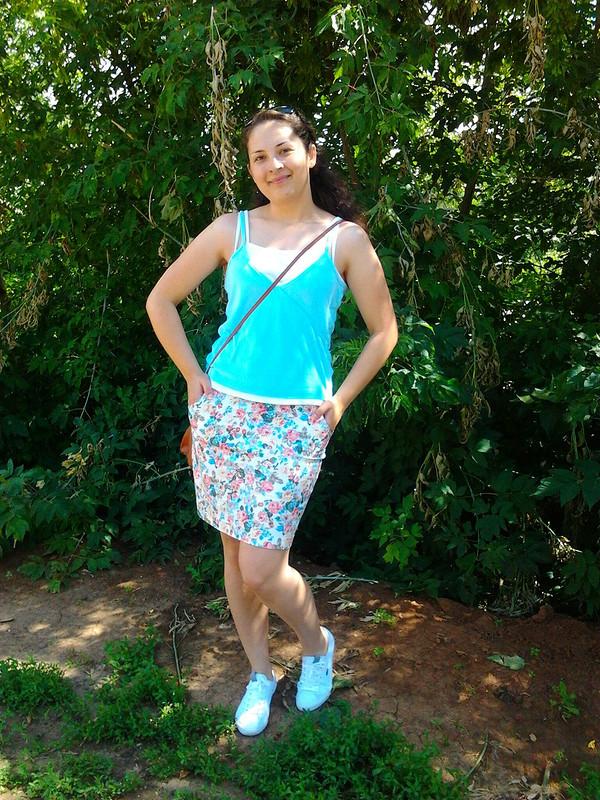 джинсовая юбочка вцветочек