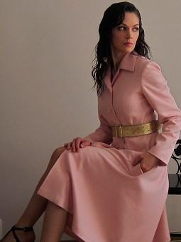 Работа с названием Розовое пальто осень 2013