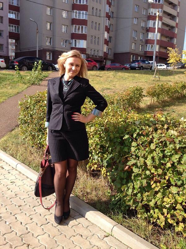 Жакет.... кмаленькому черному платью ине только)))