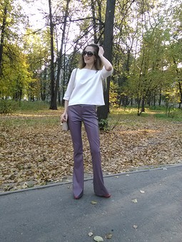 Работа с названием Кожаные брюки- клеш