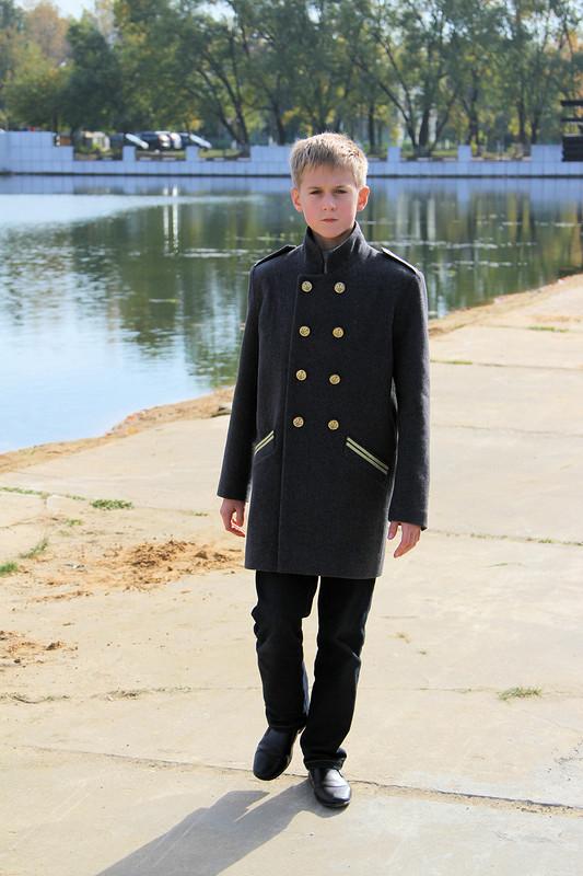 Пальто встиле милитари