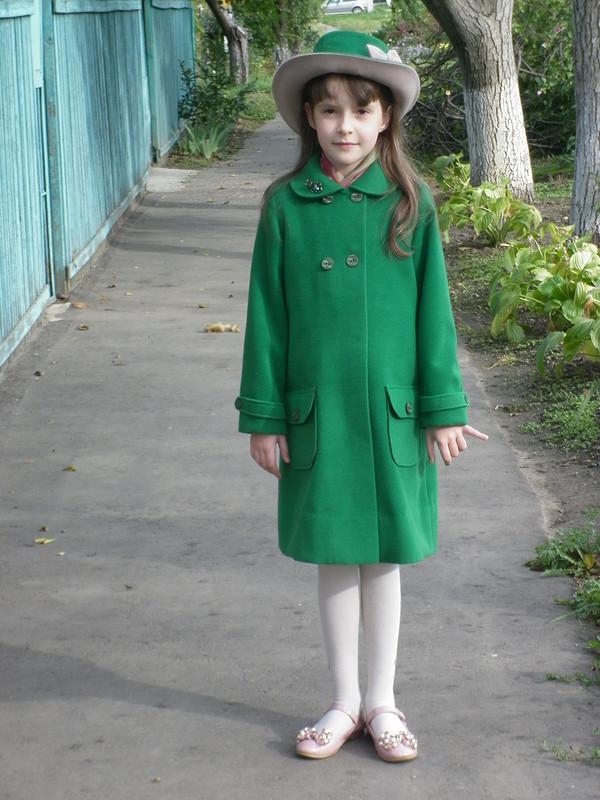 Пальто дляЛизы