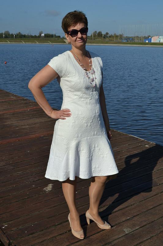 Это белое платье....