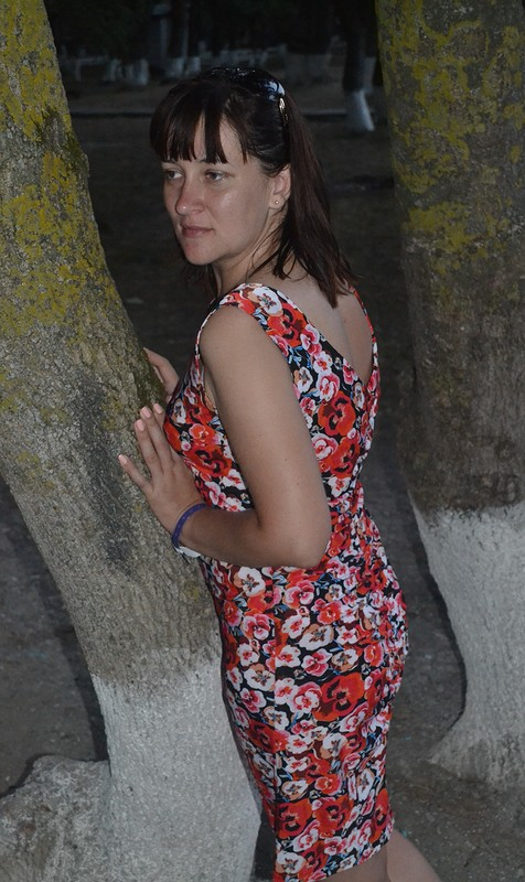 Платье санютиными глазками