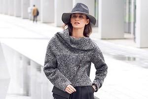 Шьем пуловер из вязаного полотна: мастер-класс