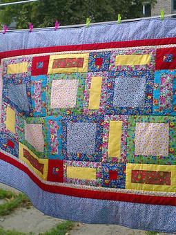 Работа с названием Лоскутное одеялко