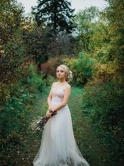 Работа с названием Осенняя свадьба