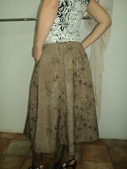 Работа с названием Дуэт юбка и блузка