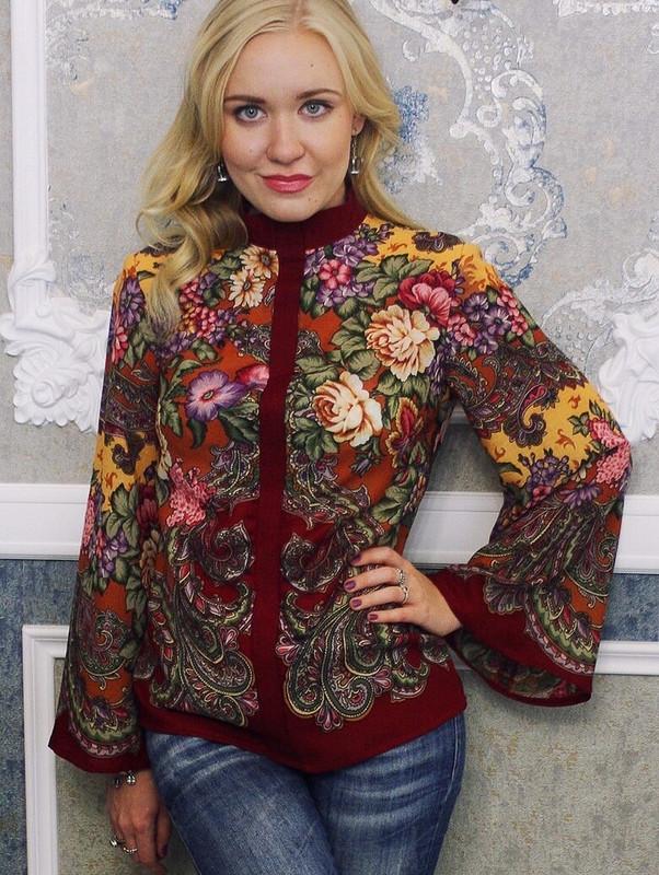 Блузка цветочная-необычная