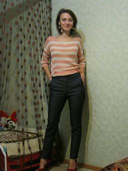 Работа с названием Джинсовые брюки-дудочки