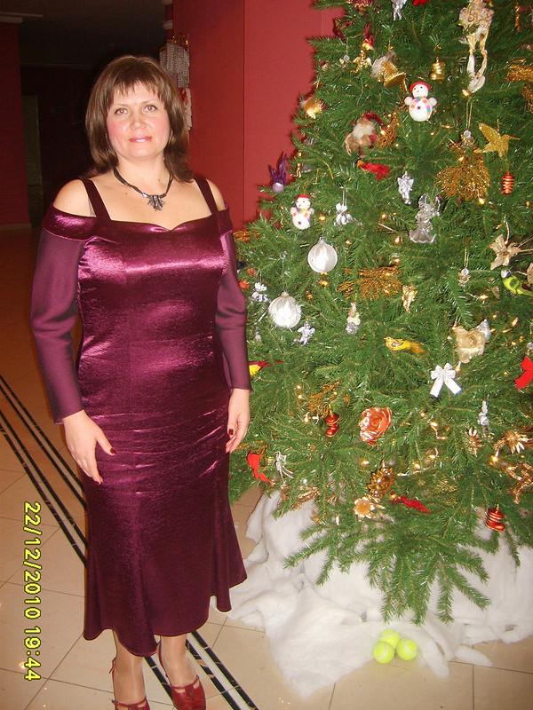 Самое первое новогоднее платье