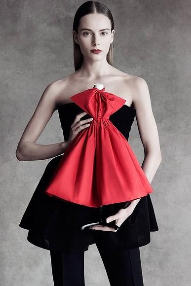 Dior вминиатюре: маленькие платья от-кутюр