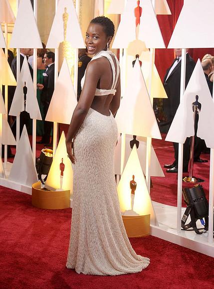 10 лучших платьев нацеремонии «Оскар