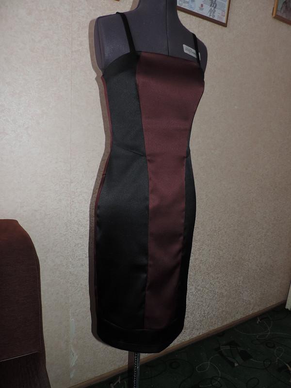 Платье- футляр.