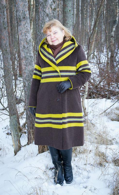 Пальто дляподруги...в полосочку)