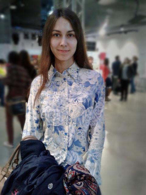 Блузка схризантемами