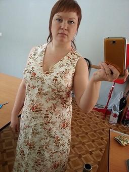 Работа с названием Льняное платье в цветочек