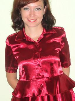 Работа с названием Блуза из атласа