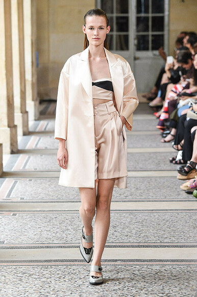 Шьем модели изколлекции Bouchra Jarrar, Париж 2015″ class=