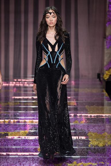Неделя высокой моды вПариже: Atelier Versace «class=
