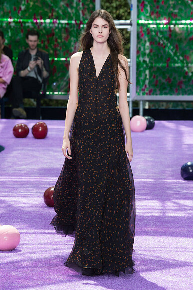 Christian Dior, Неделя высокой моды вПариже: шьем модели сподиума