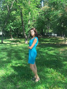 Работа с названием Платье-любимого цвета))
