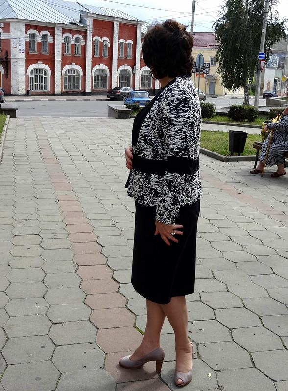 Черная полоса - акцент наталию .... ине только)))