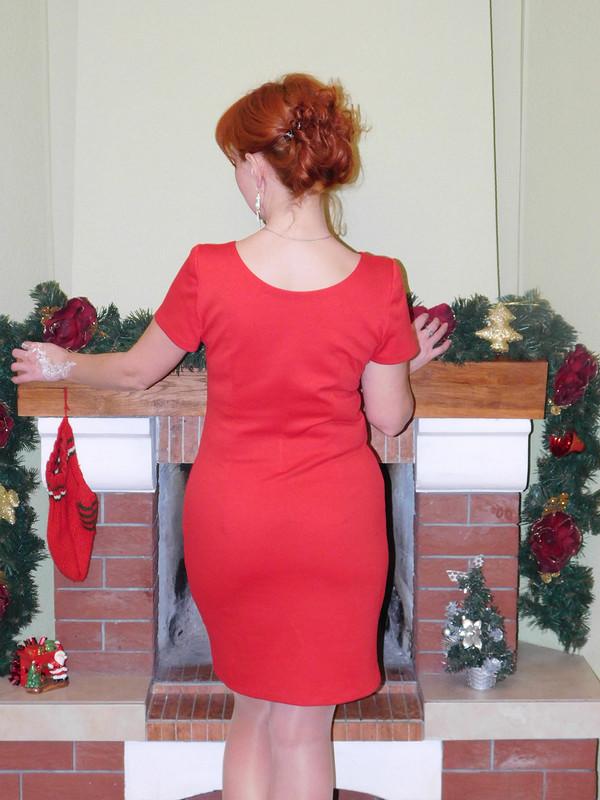 Платье изостатка ткани