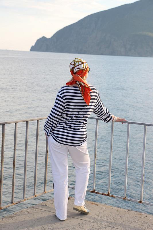 Отпуск вКрыму. Морская униформа))