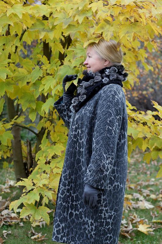 Пальто маме