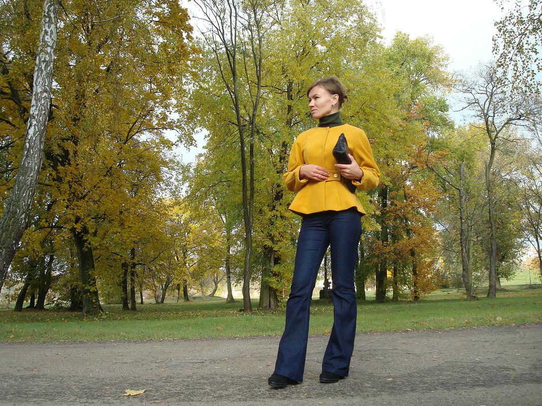 Пальто-жакет сцельнокроеной баской от ProstoAlesia