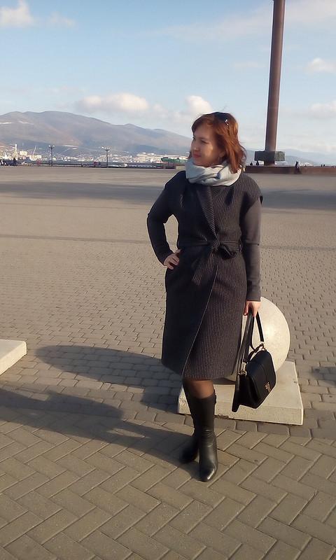 Длинный жилет или пальто безрукавов?