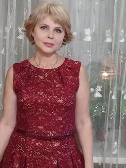 Работа с названием Платье к юбилею