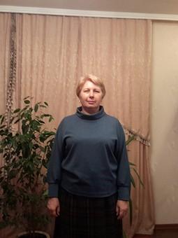 Работа с названием Пуловер с рукавами реглан