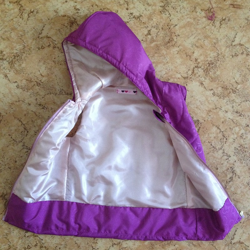 Жилет налето+хлопковая блузка надевочку 3 года