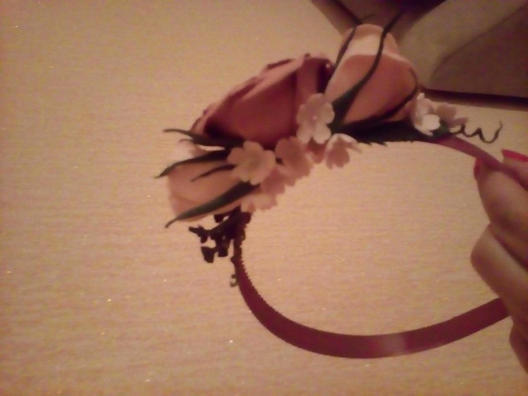 Ободок сцветами изфоамирана